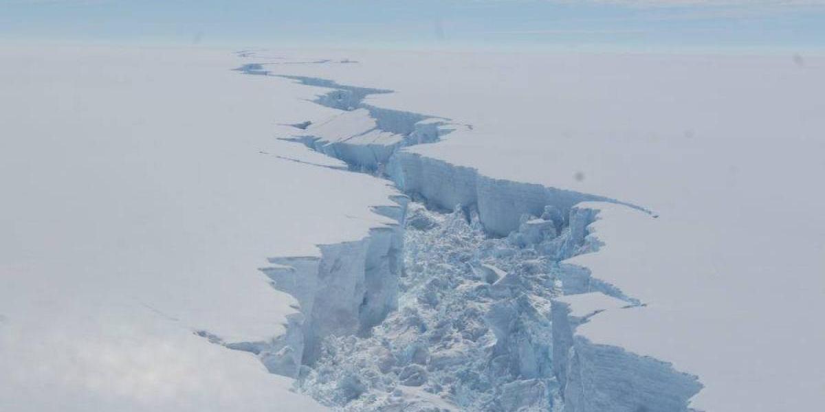 Se desprende de la Antártida el considerado mayor iceberg de la historia2