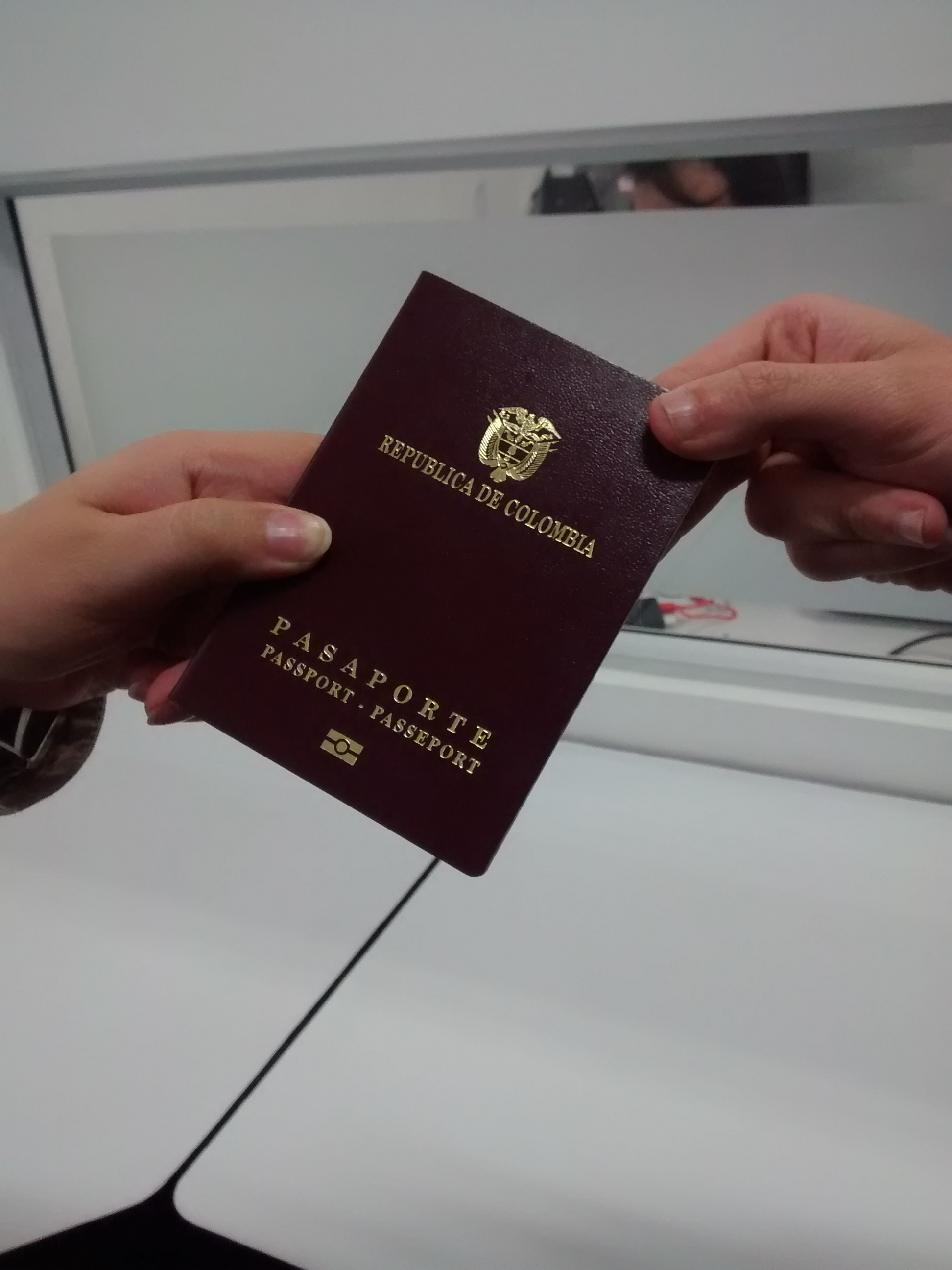 Pasaporte colombiano3