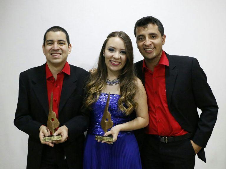 María José Ruiz Zorro-Risaralda y sus acompañantes