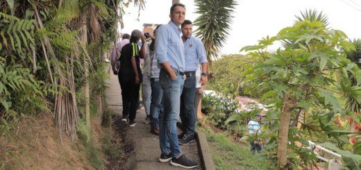 RECORRIDO OBRAS ALCALDE Y SECRETARIO INFRAE (2)